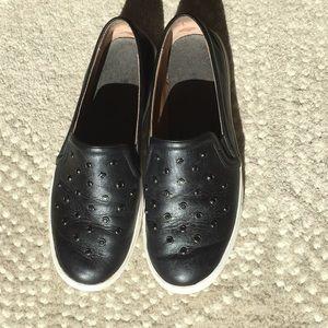 Halogen slip on leather shoes